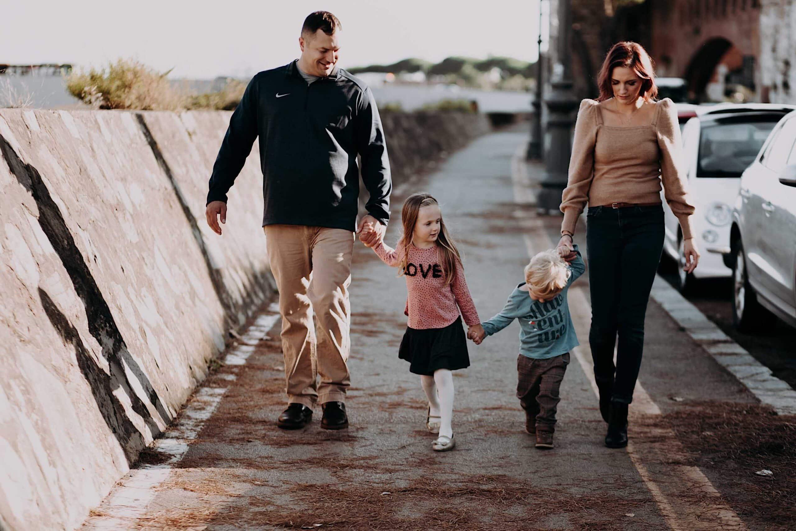 family in Tuscany, Pisa