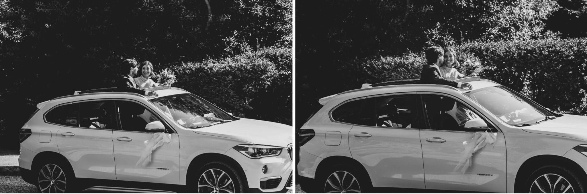 gli sposi arrivano in auto a Villa Grabau