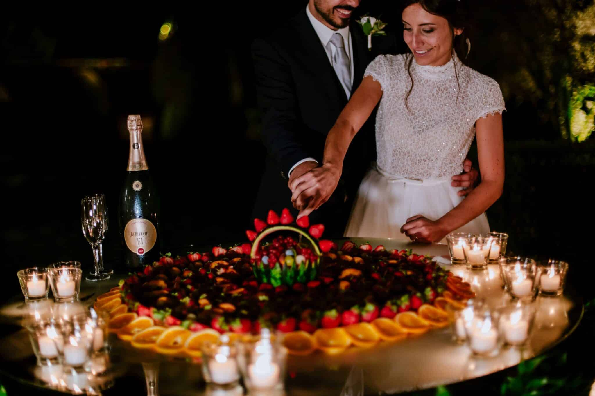 wedding cake photography in Lucca