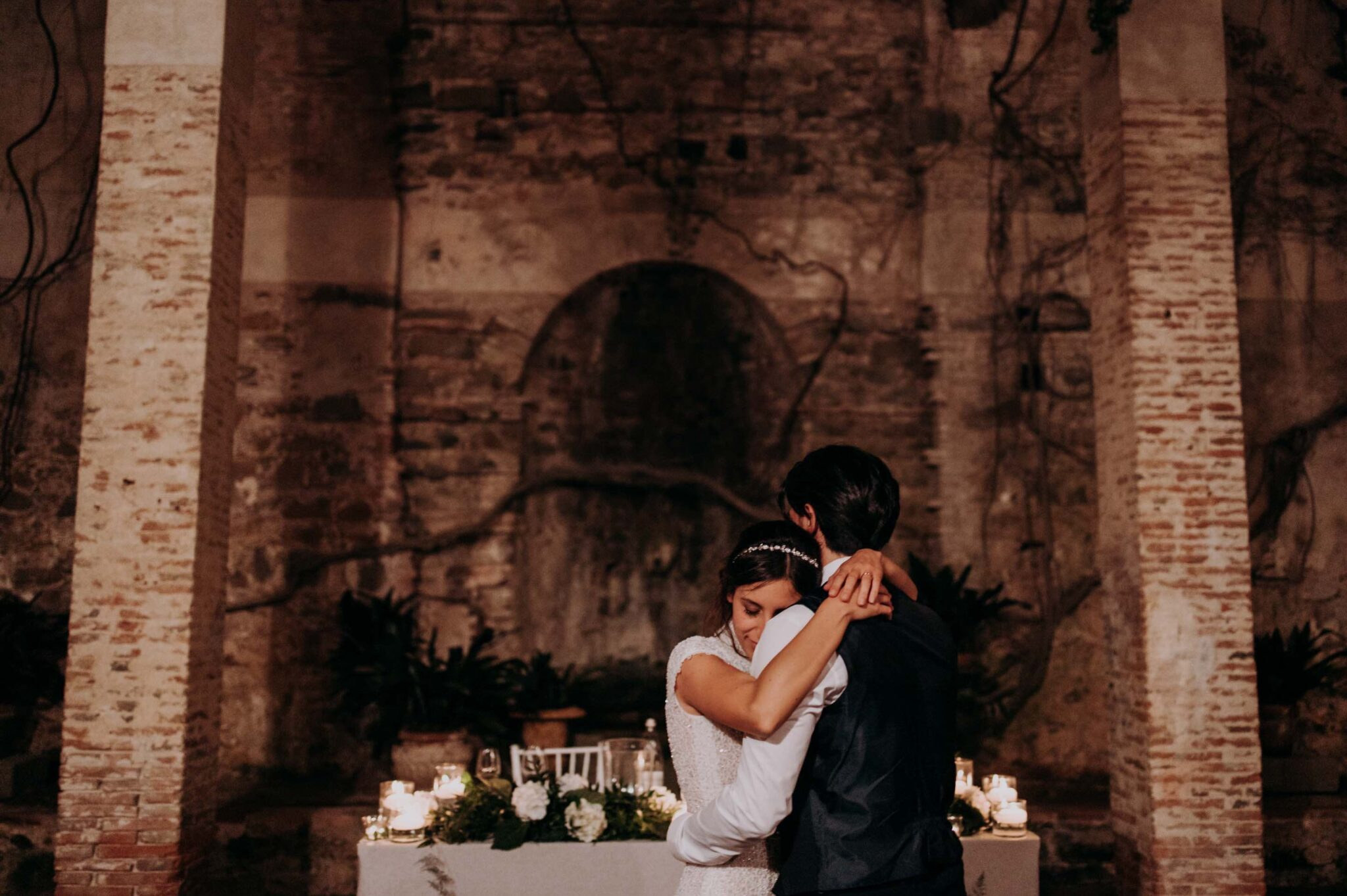 the first dance at Villa Grabau in Lucca