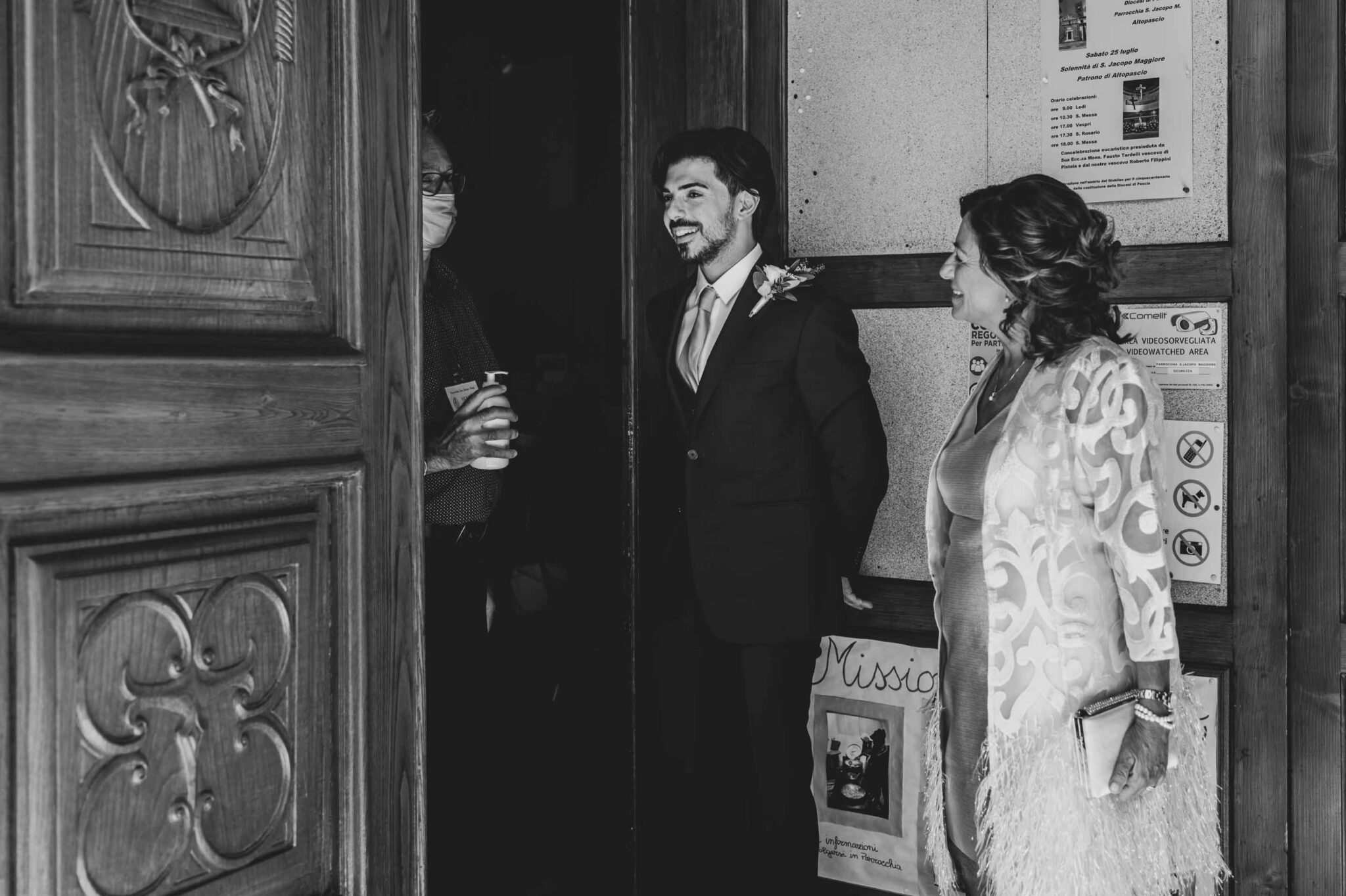 l'attesa dello sposo al matrimonio ad Altopascio