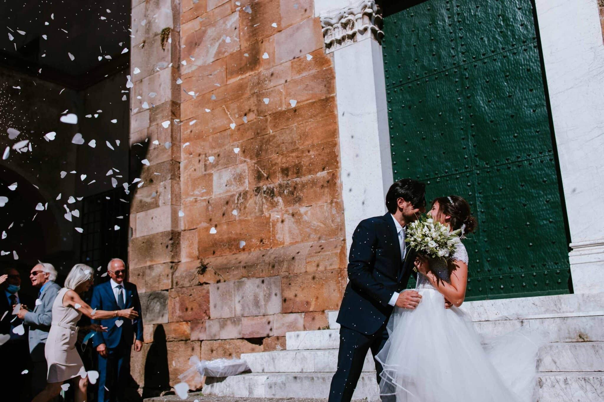 lancio del riso ad un matrimonio ad Altopascio
