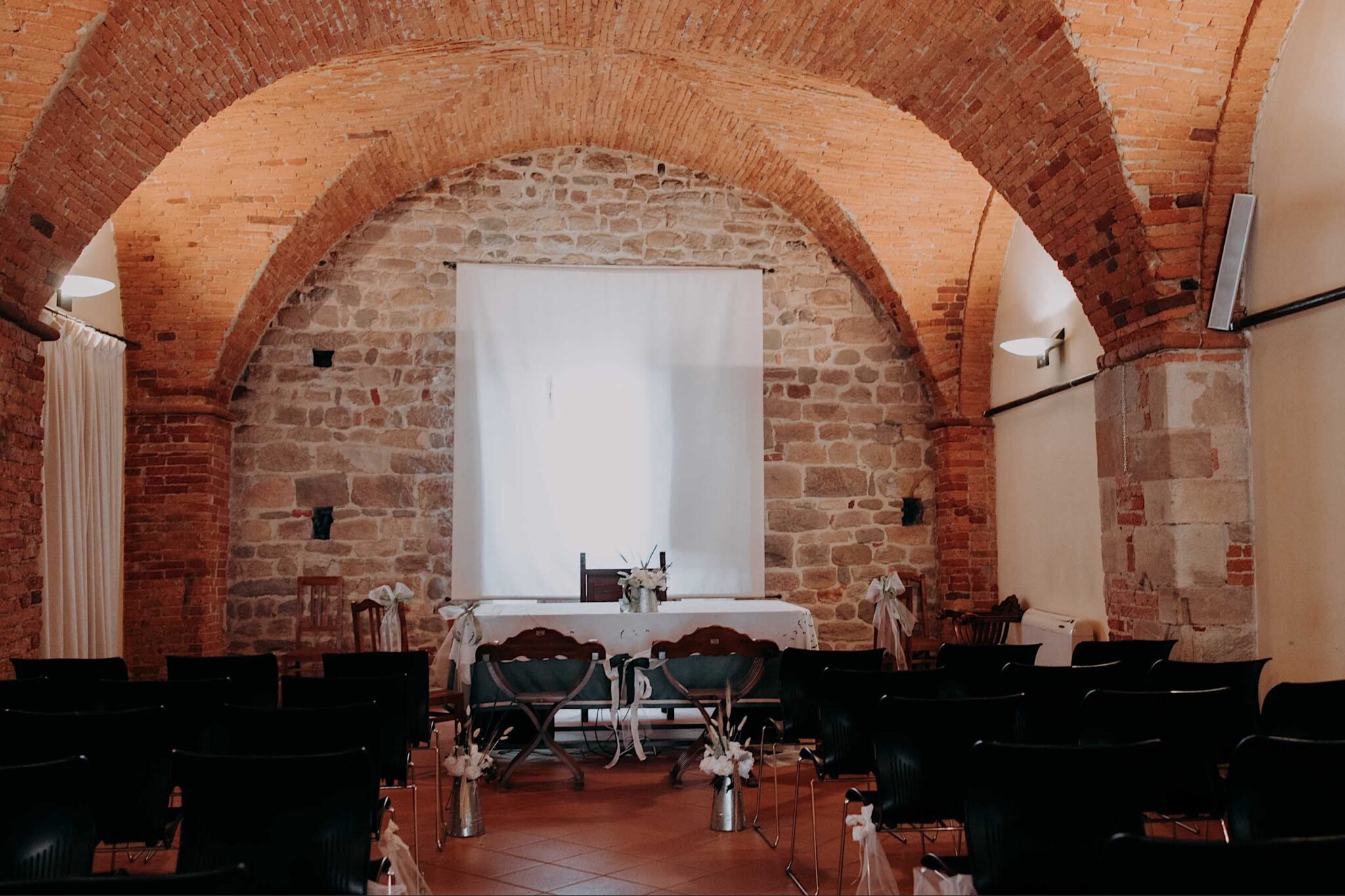 la sala del comune di Altopascio, sala del grano