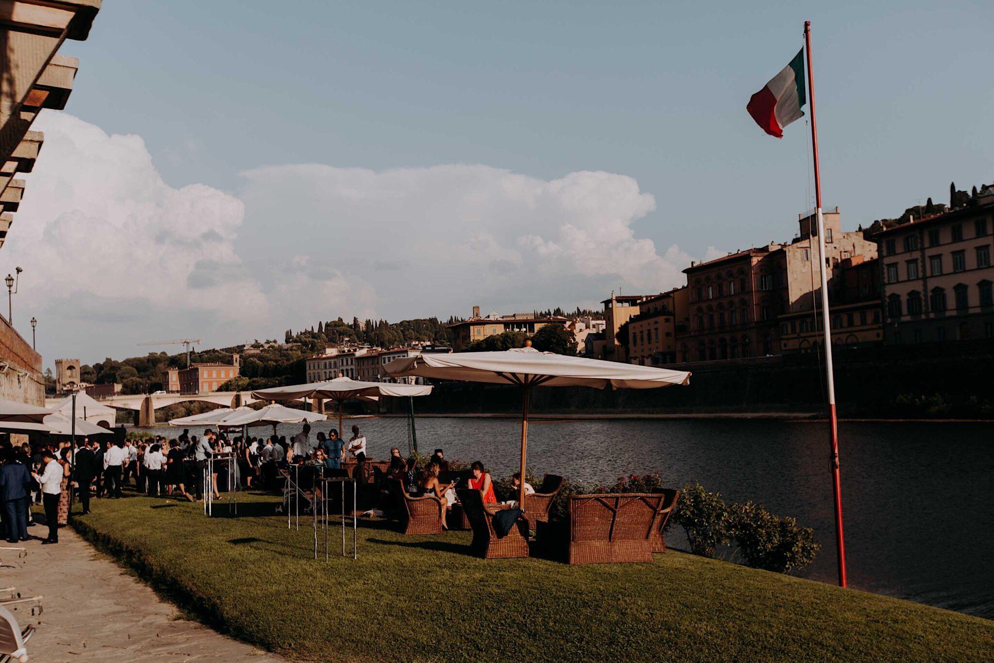 panoramica Lungarno, società dei canottieri Firenze