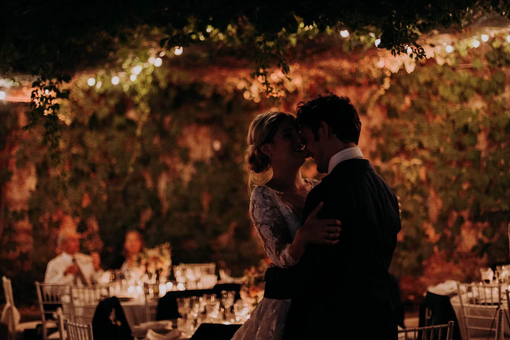 ballo della coppia sul Lungarno