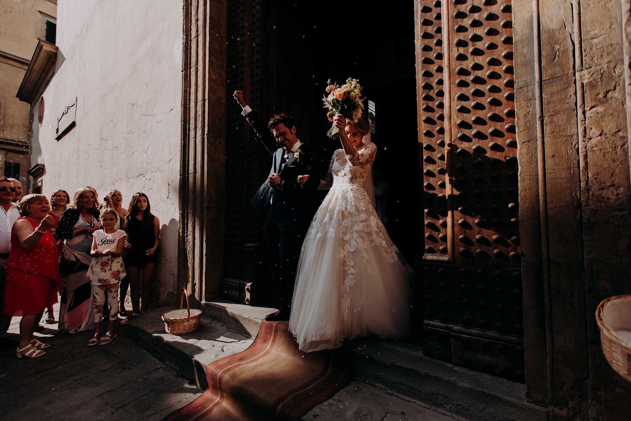lancio del riso nella chiesa di San Niccolò Sopr'Arno a Firenze